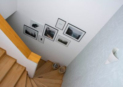 Lépcsőház utána